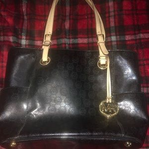 Michael Kors Black Voyager Leather Bag